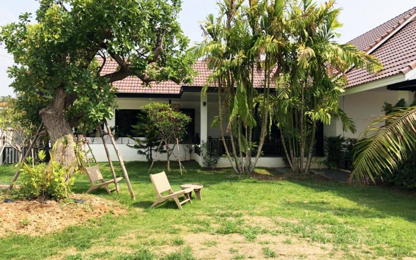HS008 – Resort House in Royal View