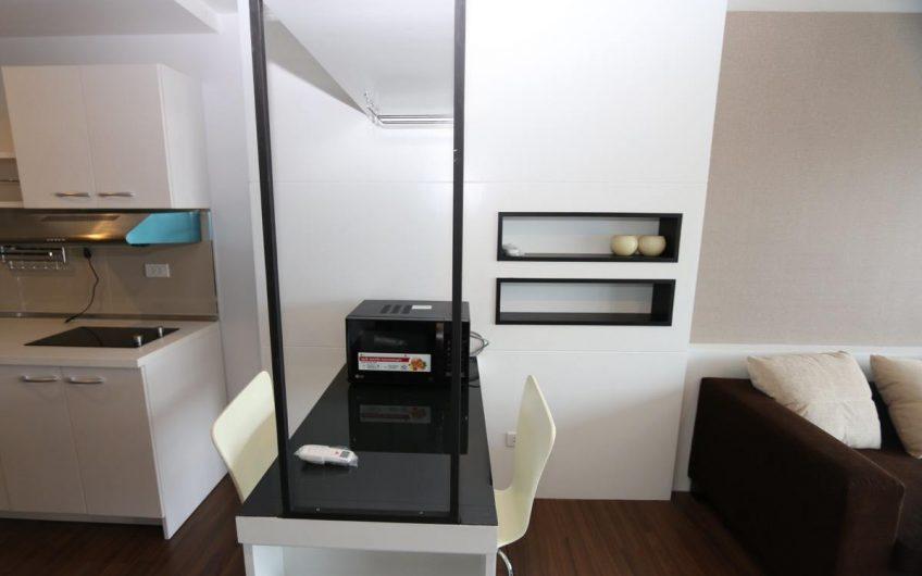CR001 – Modern condo at Punna Oasis