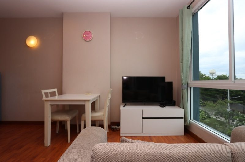 CS008 – Fully furnished one bedroom condo for sale at One Plus