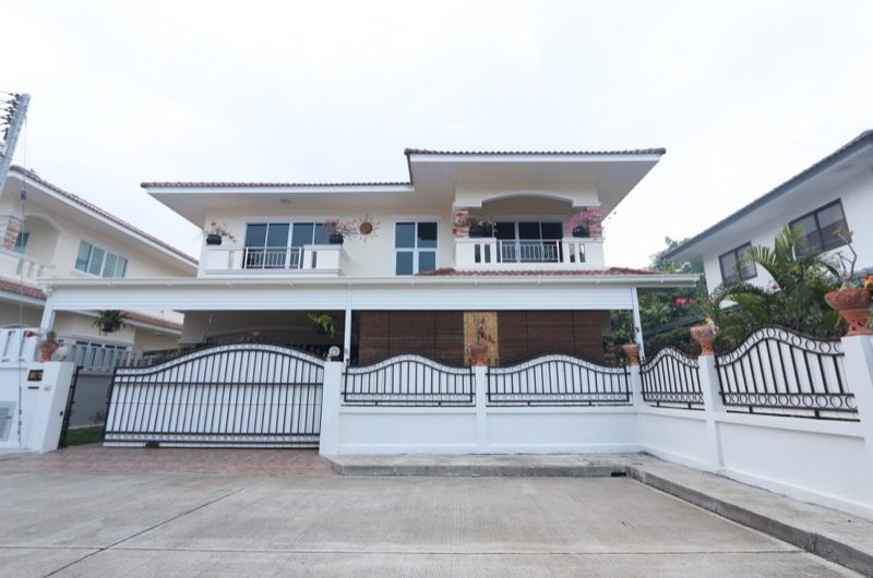HS030 – Well maintained 3 bedroom house at Sivalai Ton Pao