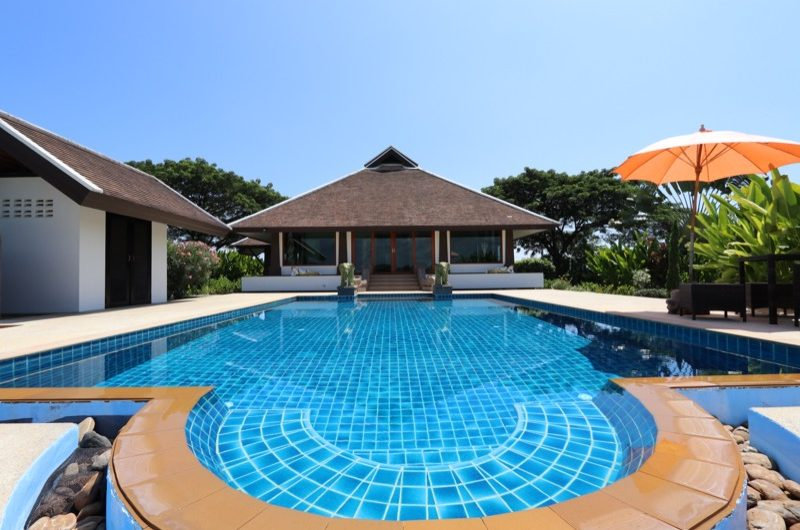 HS023 – 3 Bedroom bungalow with private pool for sale