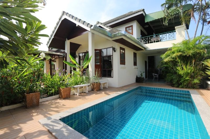 HS027 – Pool house for sale at Pajaree Village