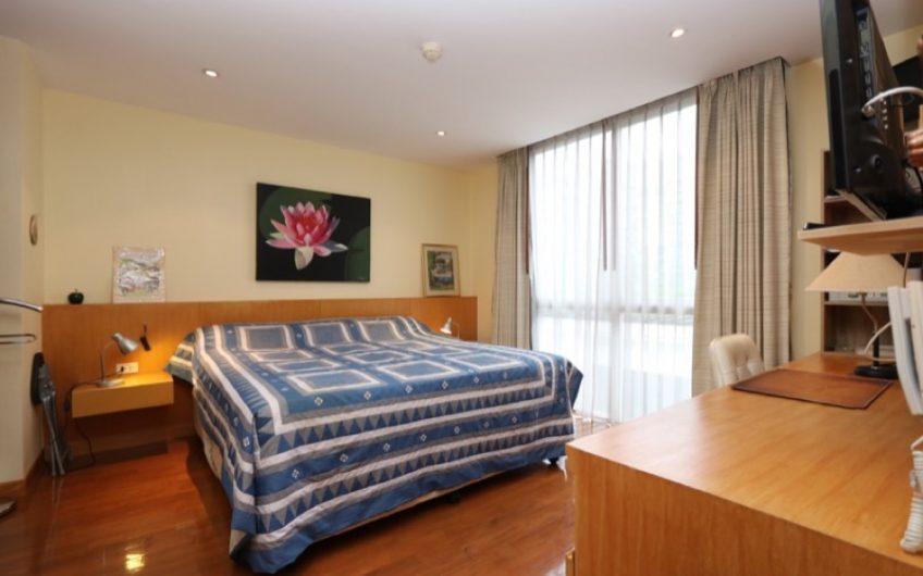 CS016 – Executive 1 bedroom condo at Twin Peaks