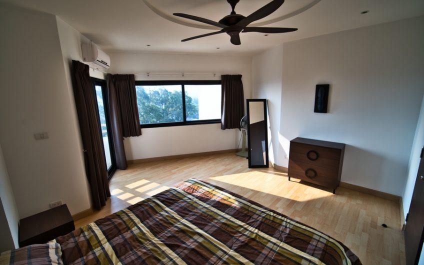 CS022-Riverside condominium, on the 11th floor for sale