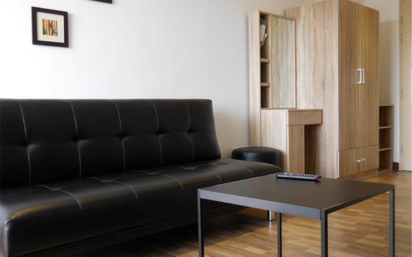 CS0026 – A studio condo for sale in Night Bazaar condotel